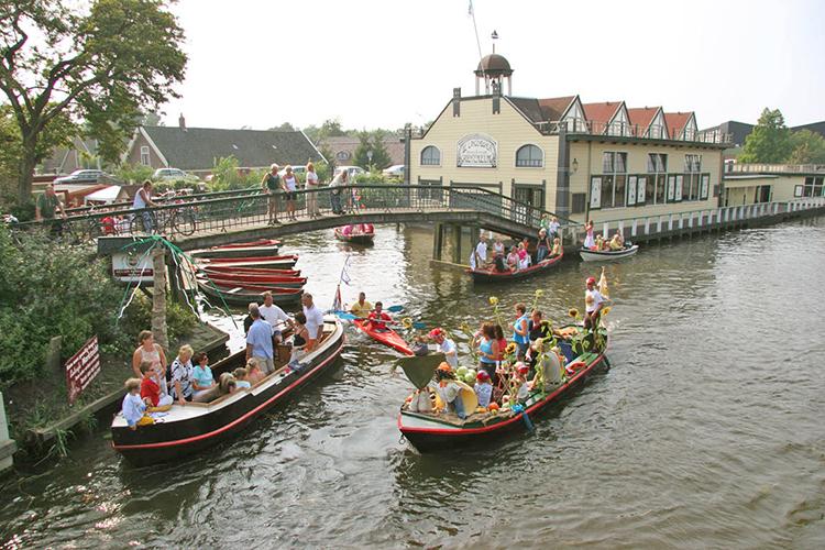 koolsail in Broek op Langedijk tijdens een NRS toertocht